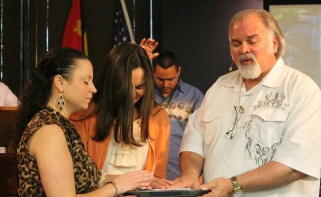 Pastor Boyd & Jan praying