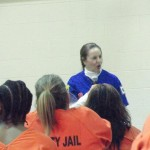 Jan speaking with the women inmates 2